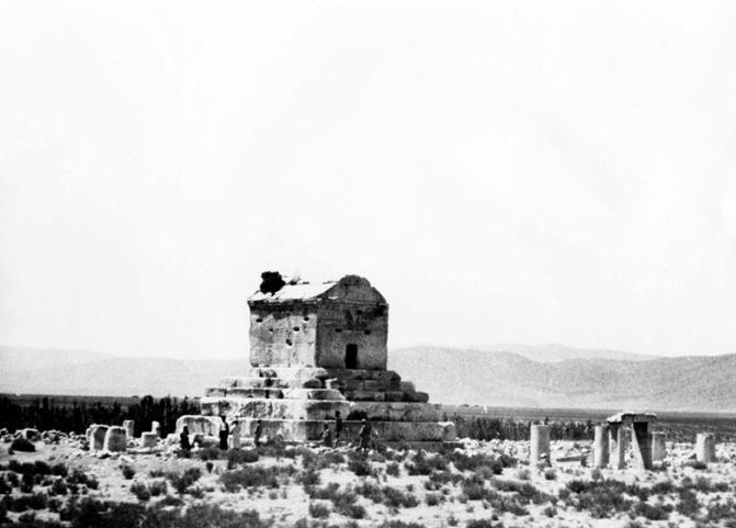 عکس های قدیمی از مقبره کوروش